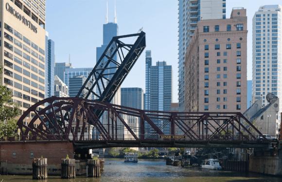 Kinzie St. Bridge