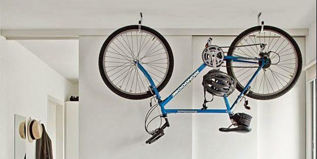 велосипед дизайн интерьера хранение велосипеда под потолком