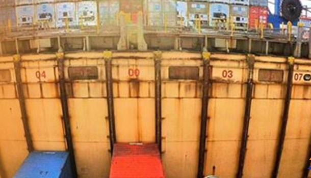 Electrician on Large Container Ship work alone and fall in cargo hold
