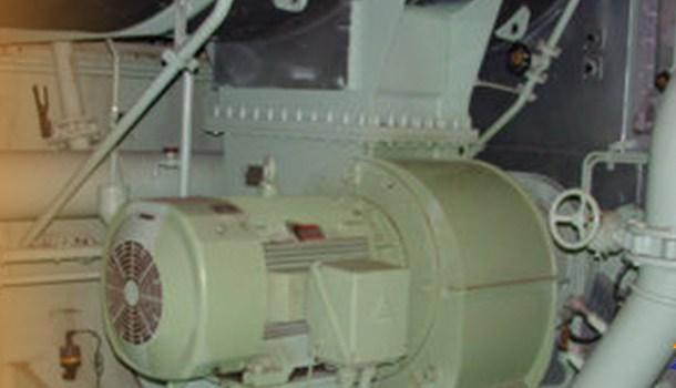 Pour maintenance main engine blowers lead to fault