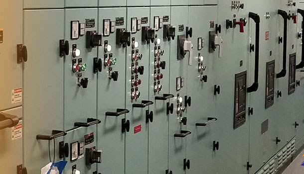 Ship air Circuit Breaker remote release fail