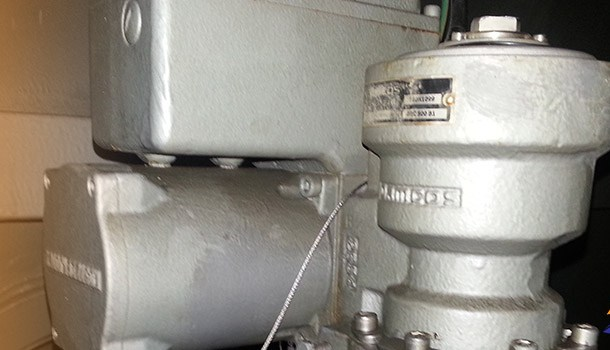 Wrong adjustment on ship actuator cause flooding of ship engine room