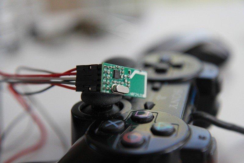 Réaliser une radiocommande avec ARDUINO, manette PS2 et nRF24L01