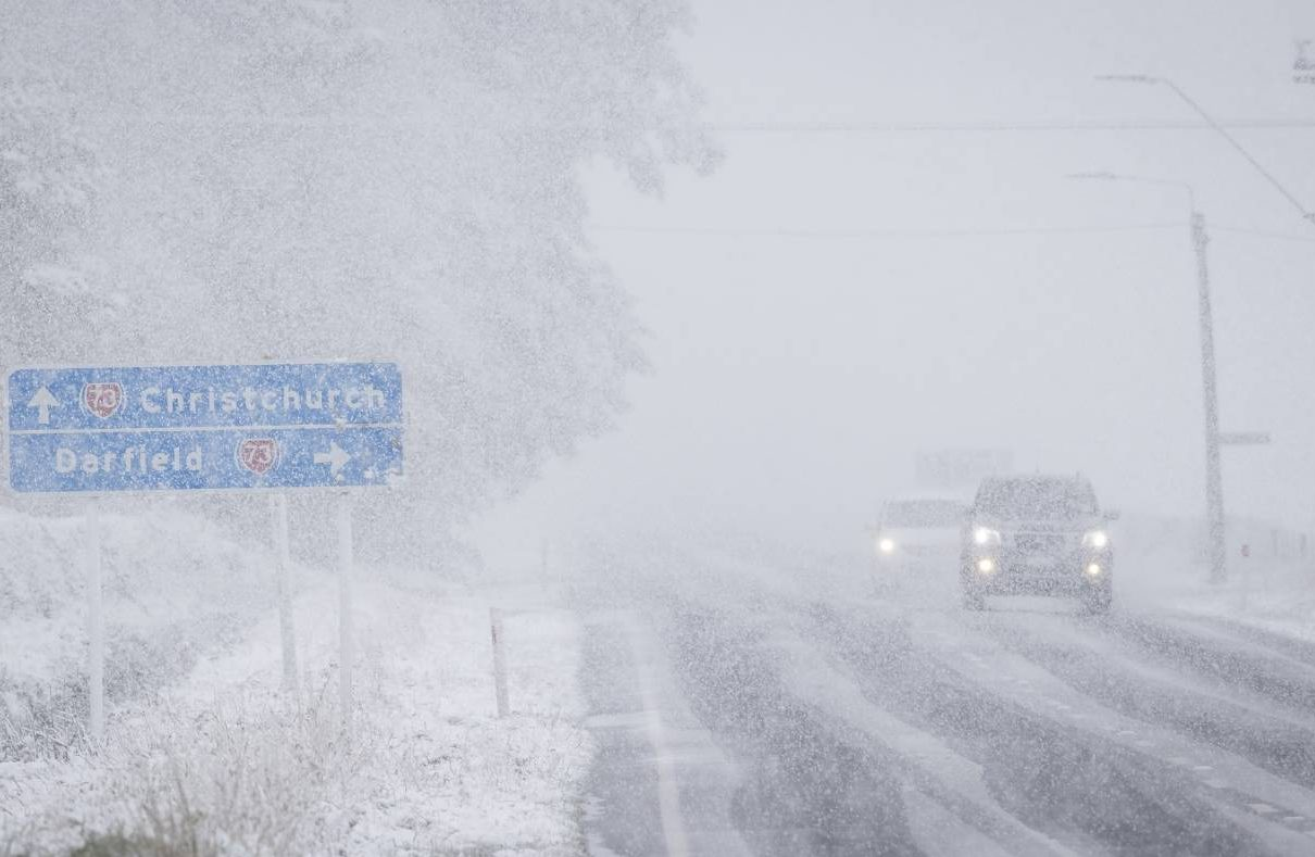 Climate Change  - Page 40 NZ-August-Snow-e1628505263382