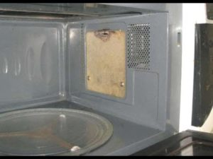 Прогоревшая слюда в микроволновой печи