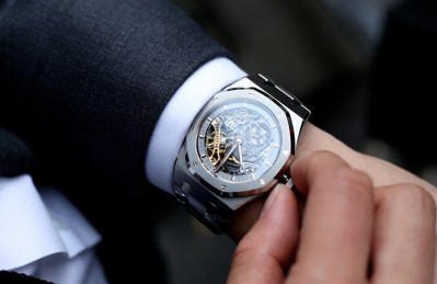 Audemars Piguet - watch automatic