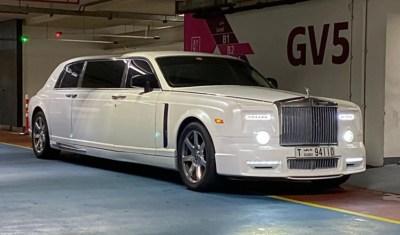 rolls royce - limousine