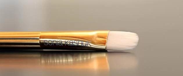Sonia Kashuk synthetic concealer brush photo