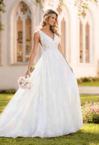 8840, SIZE-8, WAS $1,429, NOW $714.50