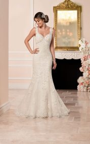7135, Size-10, WAS $1,429, NOW $714.50
