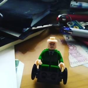 Profesor Charles X-Men de Lego