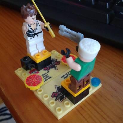 Ryu VS Guile Lego