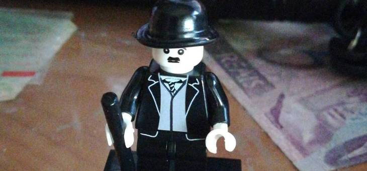 Lego Zombie y Chaplin