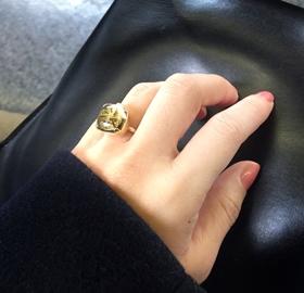 菅未里 指輪