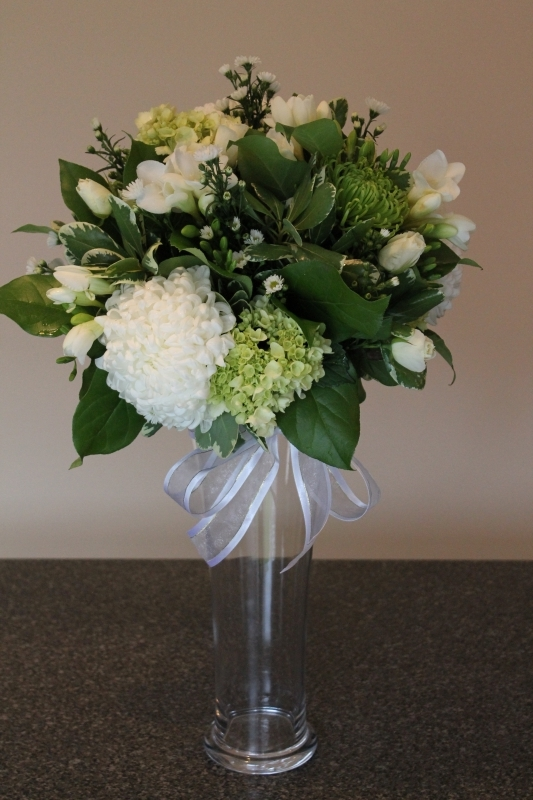 JUST BECAUSE FLOWERS Elegant Bouquets