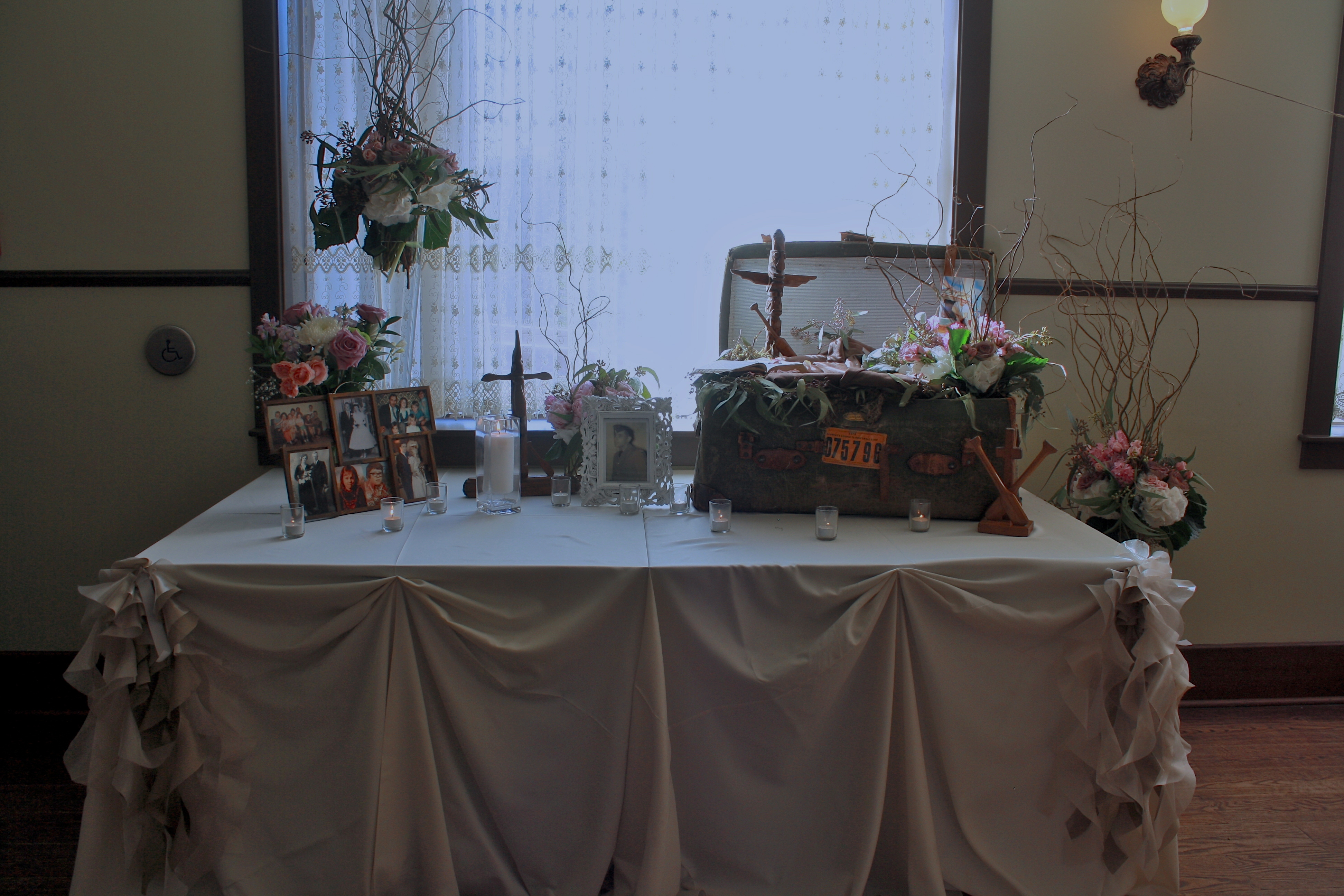card table and chairs steel visitors chair price an intimate antique wedding at the selkirk hotel – elegant earth
