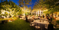 10 Tips On Planning an Amazing Backyard Wedding