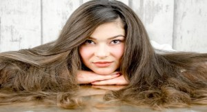 Read more about the article 11 Best Hair Oil for Hair Growth and Thickness with Buying Guide
