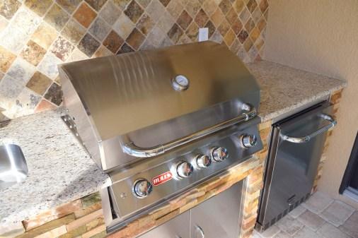 Ben Poulton Custom Outdoor Kitchen - Elegant Outdoor Kitchens