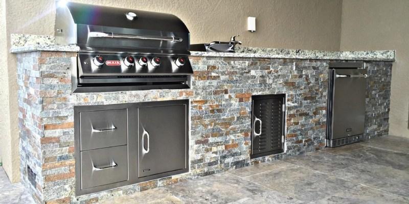 Summer Kitchen - Corkscrew Shores in Estero Grill Shown w/ Custom Straight Frame