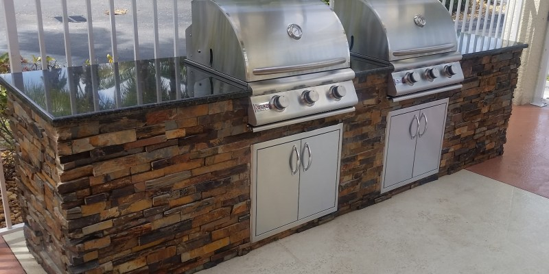 Dueling Grills Commercial Outdoor Kitchen Build Fort Myers, Florida