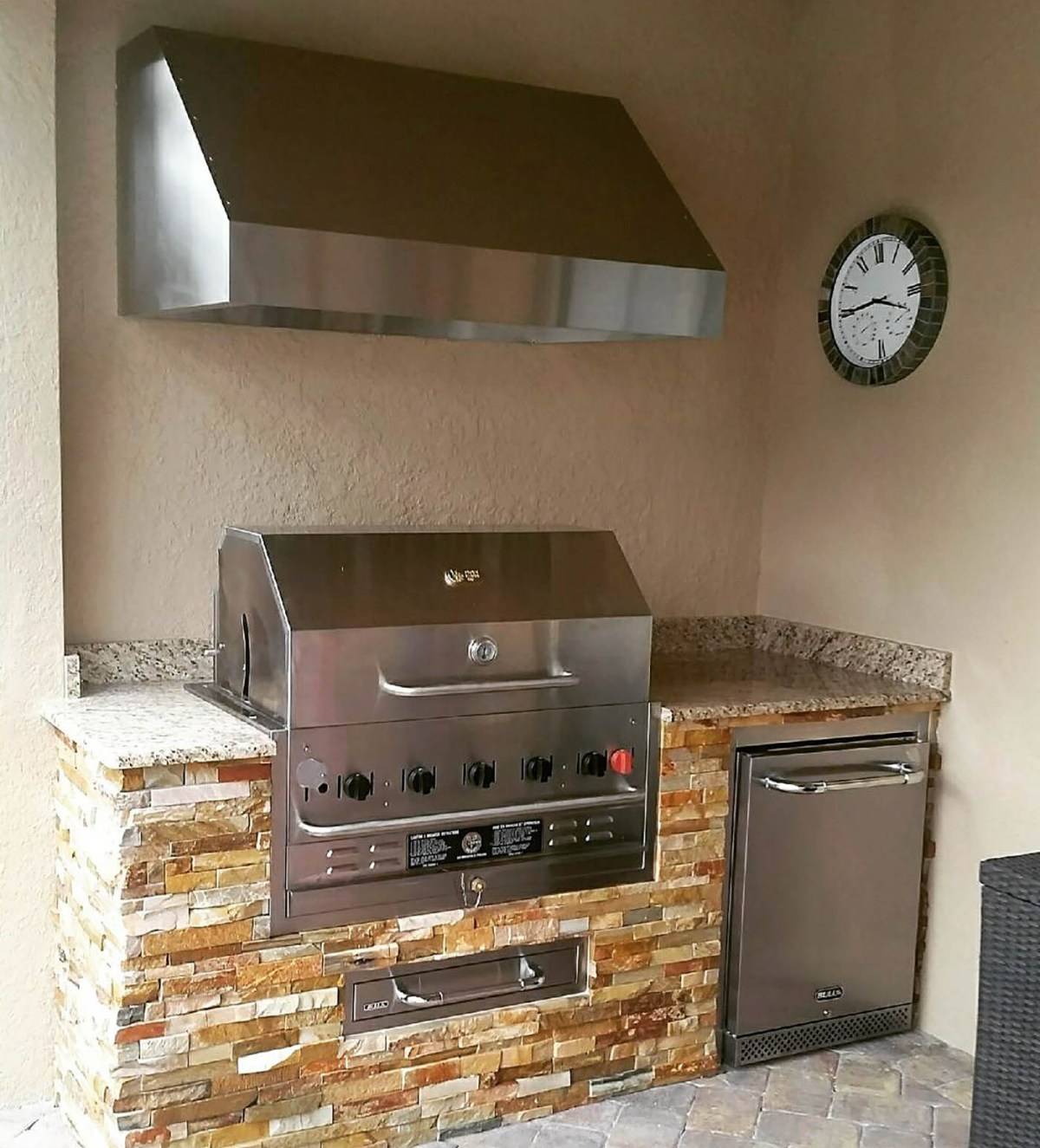 Somerset Custom Outdoor Kitchen