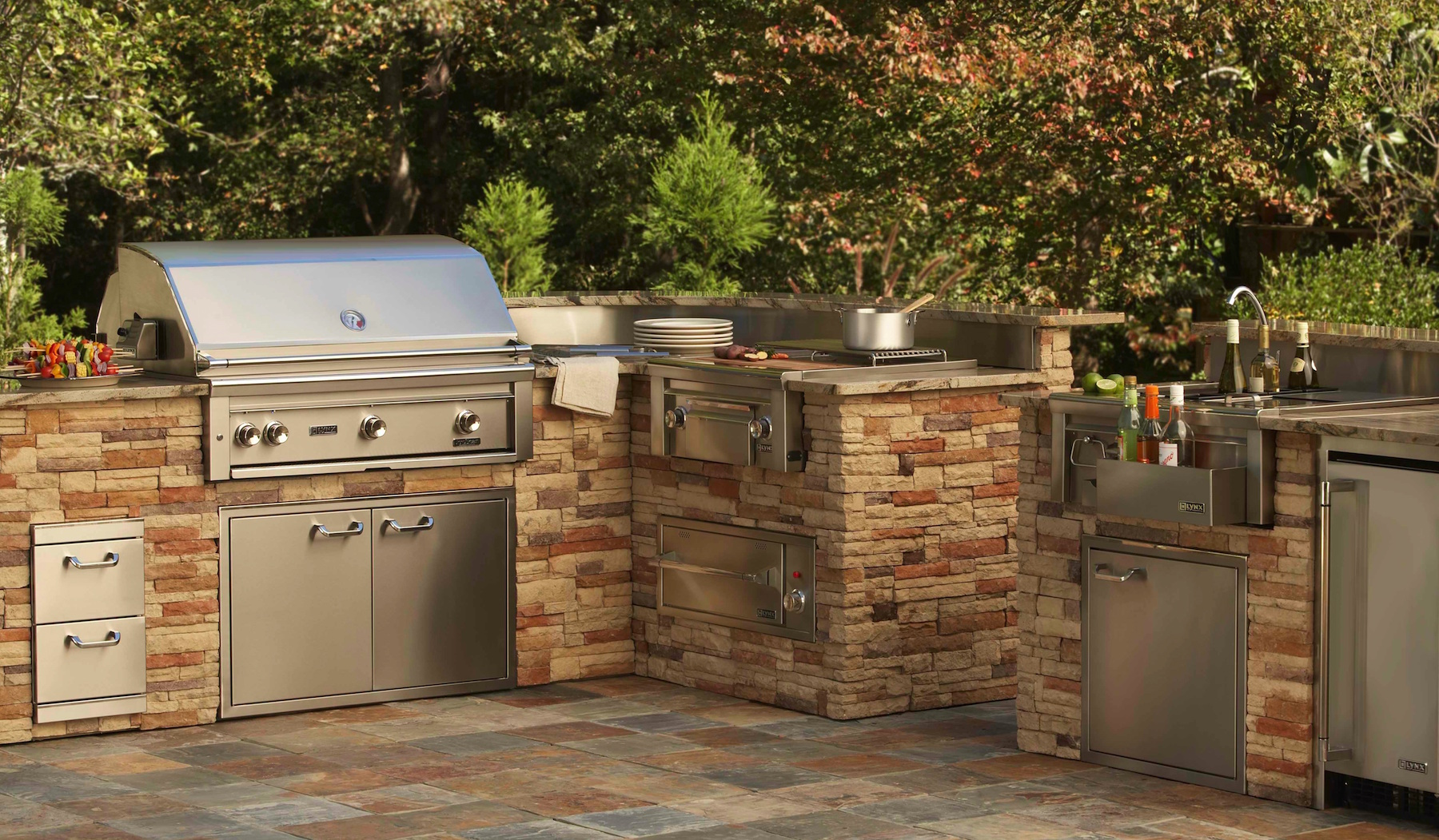 grills for outdoor kitchens kitchen faucets parts choosing a professional barbecue grill your