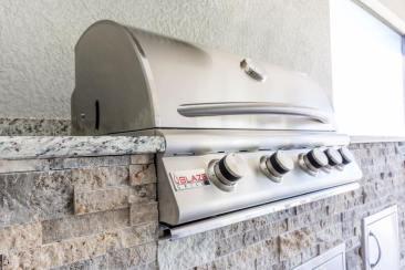 Custom Outdoor Kitchen Design & Construction of Southwest Florida