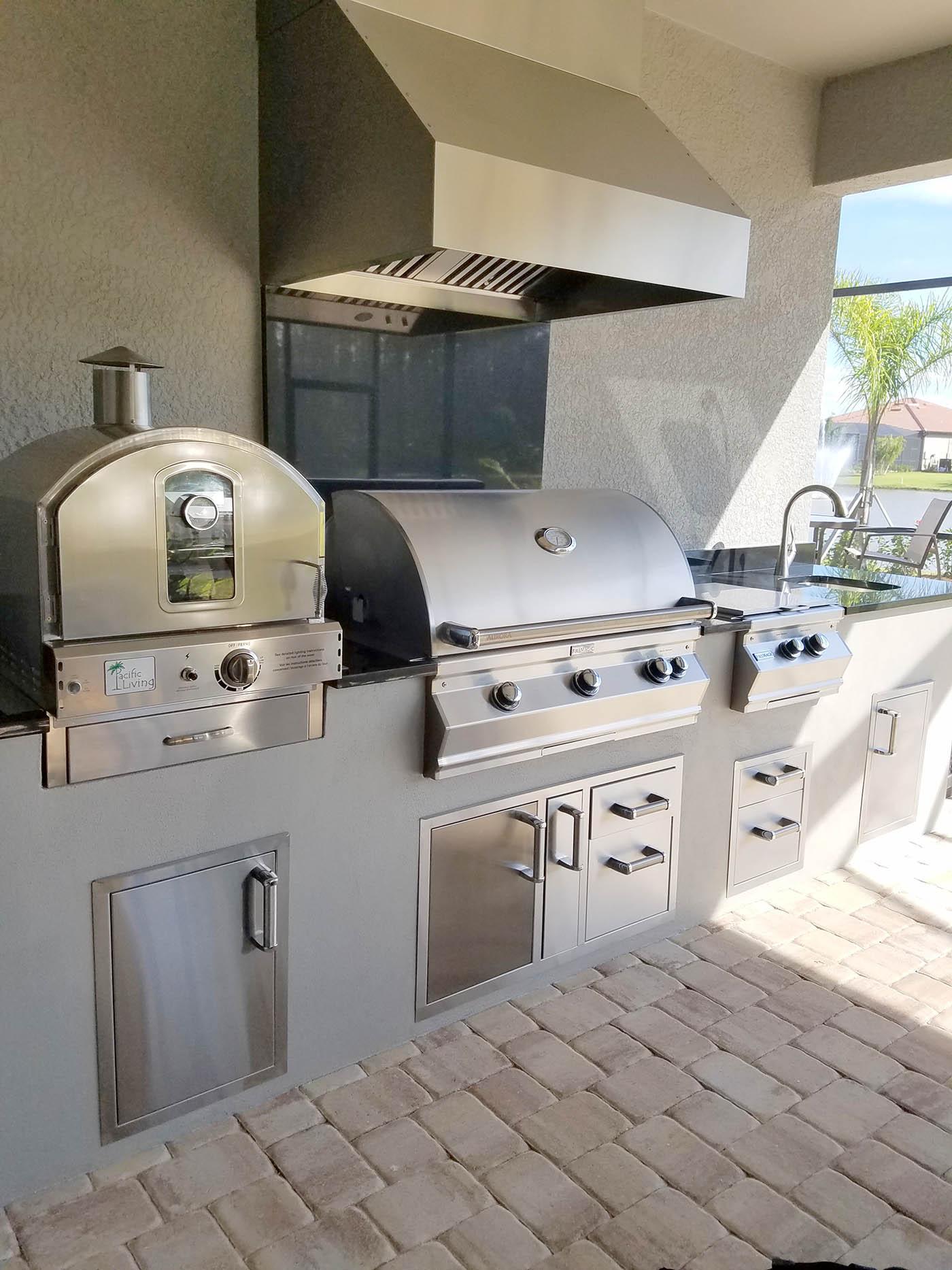 Elegant Outdoor Kitchens Custom Outdoor Barbecue Island