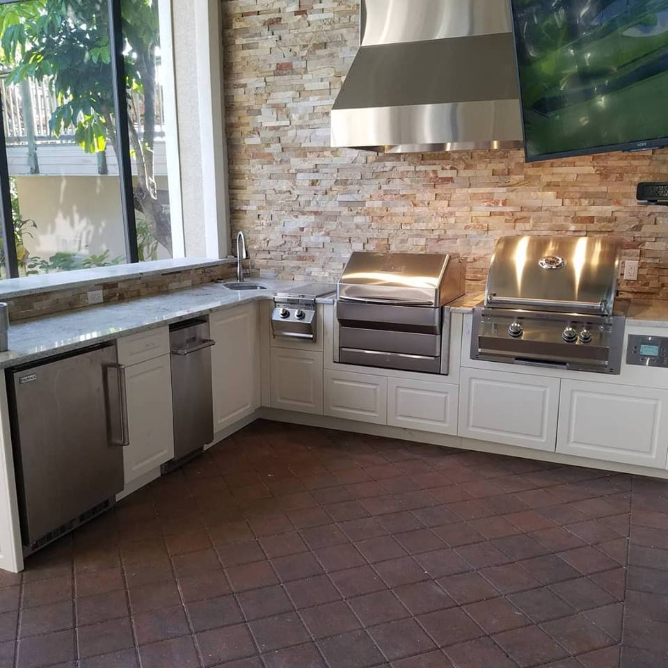 The Magnificent Custom Outdoor Kitchen Project