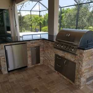 Camden Square L-Shape Custom Outdoor Kitchen by EOK