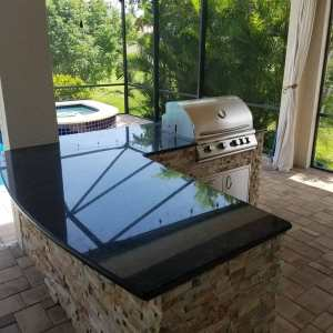 Camden Square - custom barbecue island by Elegant Outdoor Kitchens