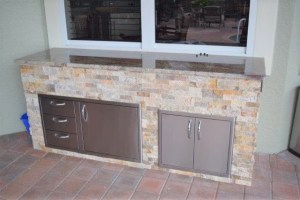 Outdoor kitchen area Verandah Golf & Country Club