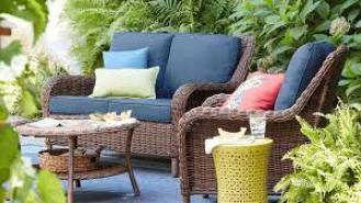 What Is The Best Time to Buy Outdoor Furniture