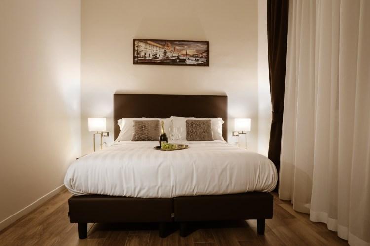 Visualizza altre idee su arredamento, monolocale, arredamento d'interni. Elegant Rooms Roma Guest House Your Elegant Guest House In Rome