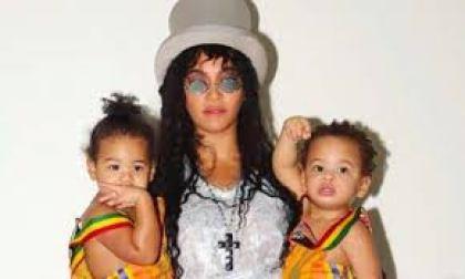 Beyoncé Twins