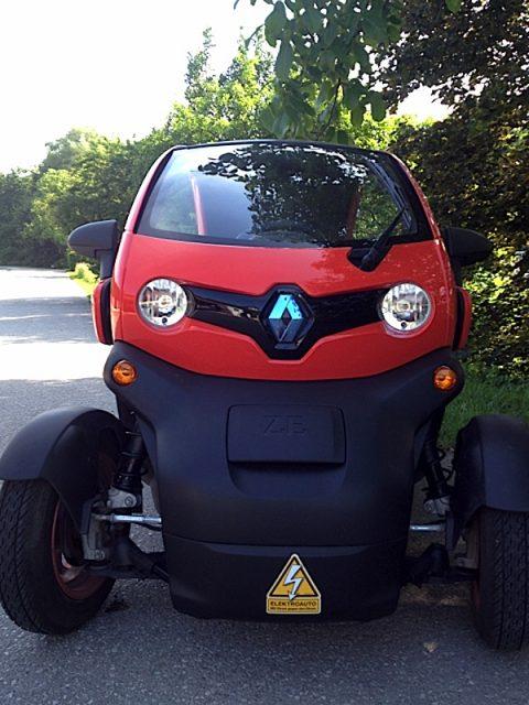 """Renault Twizy mit """"Strom gegen den Strom"""""""