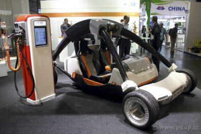 eCarTec 2011 Elektroauto 32