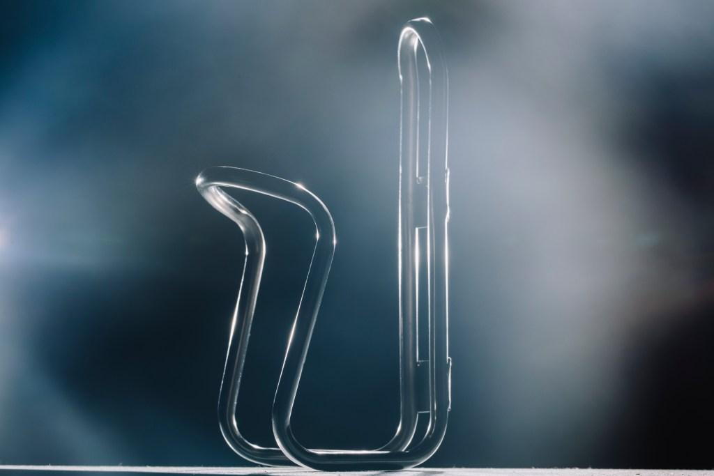 King titanium water bottle cage. Photo: Stephen Lam/element.ly
