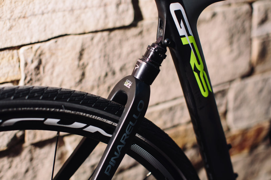 Elastomer suspension with 10mm of travel to soak up the road chatters. photo: Stephen Lam/element.ly