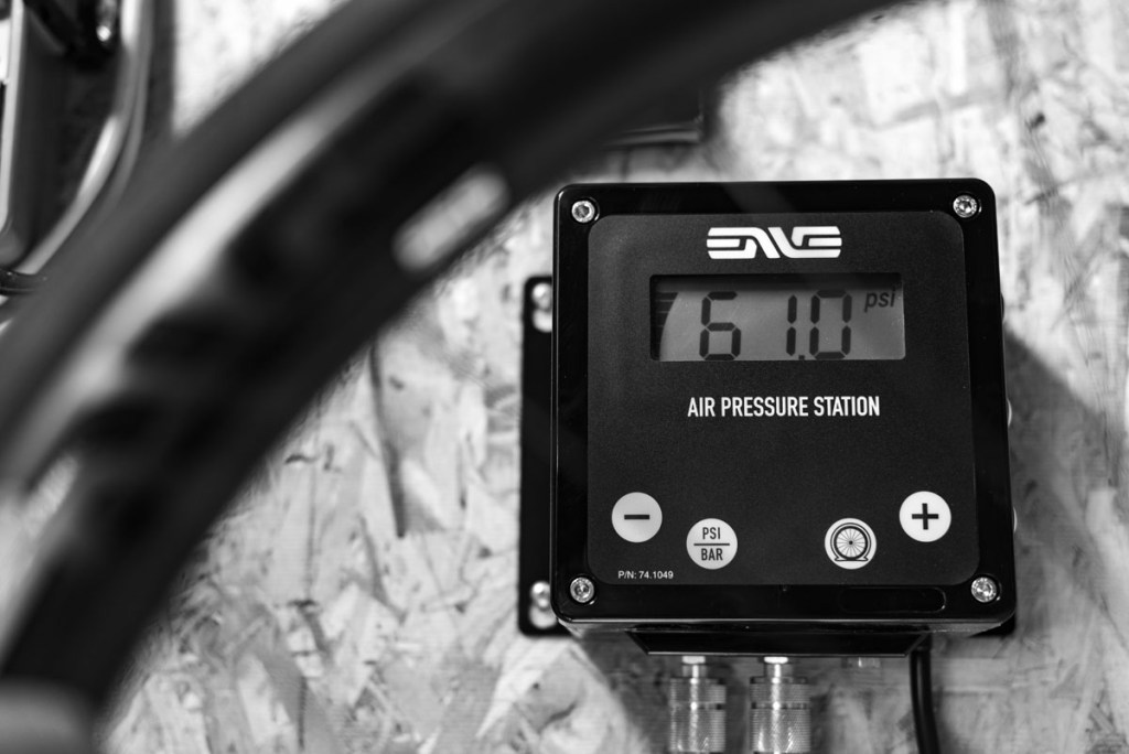 ENVE Air Pressure Station