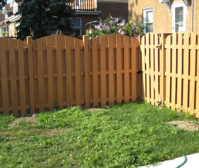 Unlike Many Sustainable Fencing Options Freeman Bio Composite Fences Are Completely Free Of Toxic Chemicals This Is Because The Plastic Component Shields
