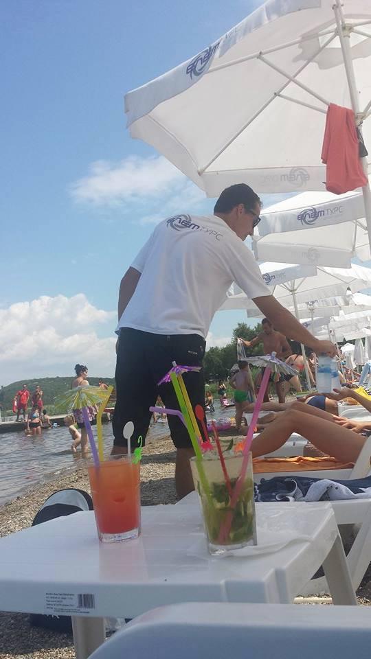 Уживањето на плажата ЕЛЕМ ТУРС во Стар Дојран продолжува