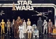 Un'immagine dei puppazzetti di tutti i personaggi della saga, 3 ottobre 2012. Così il Musee des Arts decoratifs di Parigi celebra il mito di Star Wars, in una mostra che ripercorre 35 anni di storia della saga attraverso i giocattoli che ha ispirato. ANSA/UFFICIO STAMPA