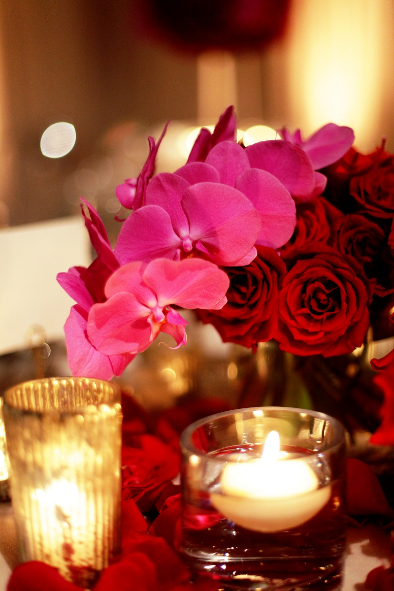 Red Centerpieces For Weddings