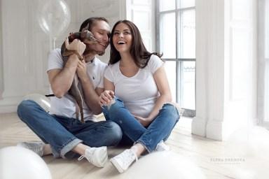 Фотосъемка беременной с собакой