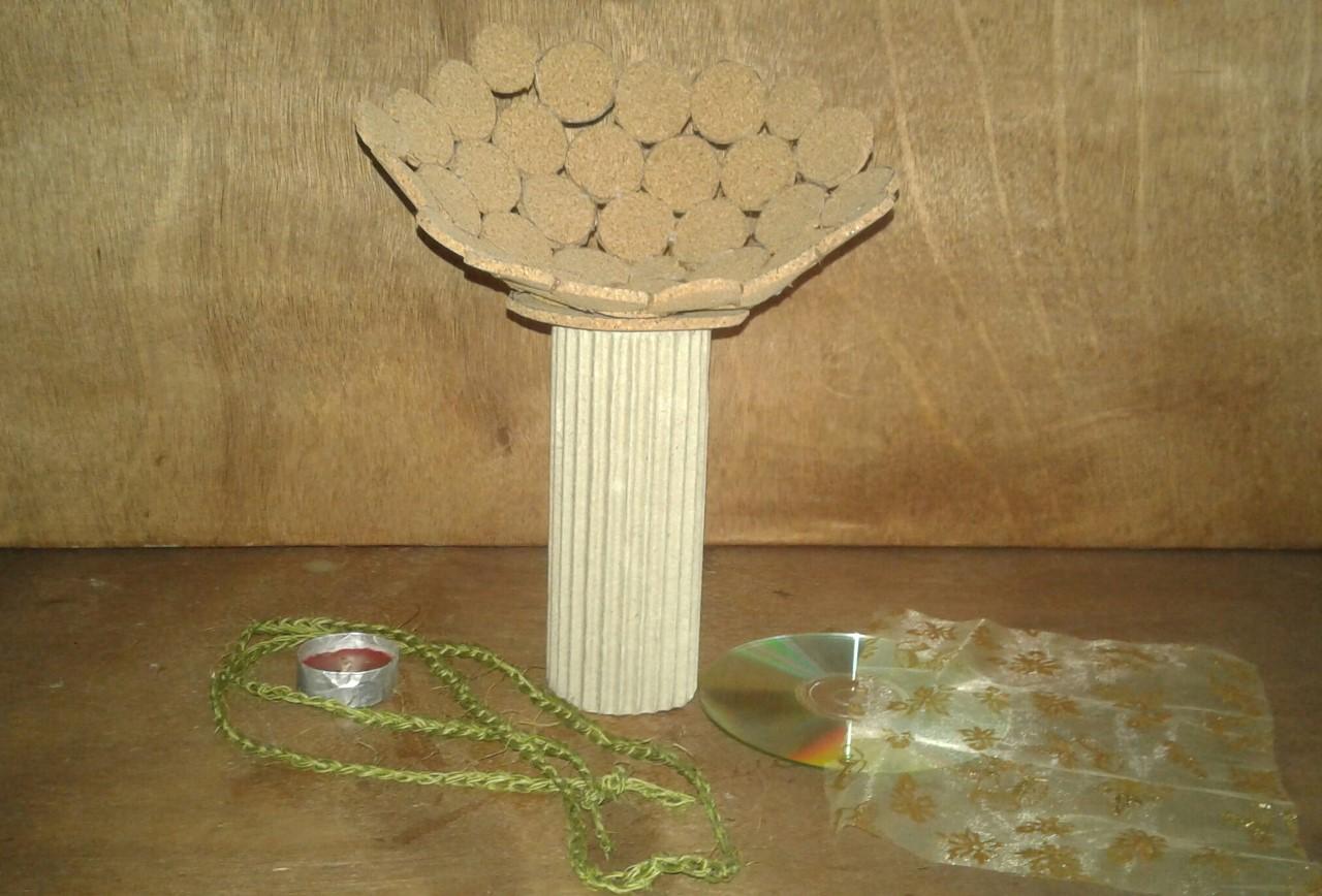 Ilumina tu casa con Faroles de Corcho y material reciclado