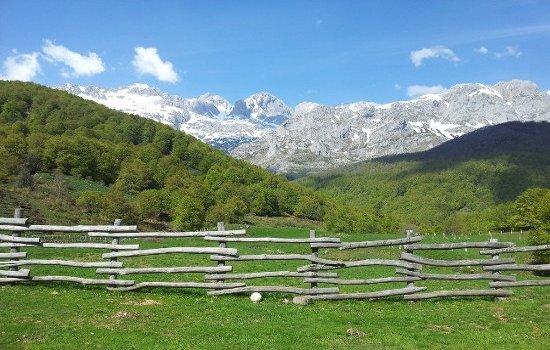 Paseando en Sajambre - Picos de Europa (León)
