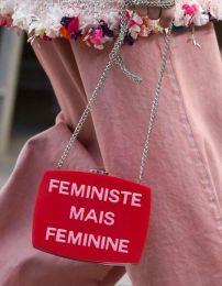 Chanel accessoires - Prêt-à-porter PE 2015 - Photo © Imaxtree - elle.fr