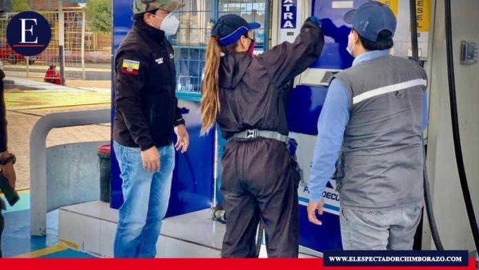 Se procedió con operativos por parte de la Intendencia General de Policía de Chimborazo su finalidad es verificar que no existan sobreprecios. Foto: Gobernación Chimborazo.